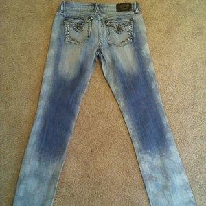 Antique Rivet Distressed Skinny Jeans size 28